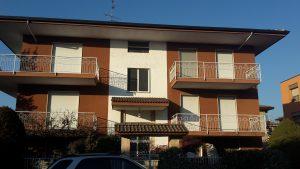 rifT 922 Villa bifamigliare