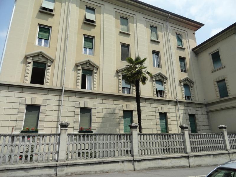 Appartamento in casa anni 30 Rif.:T408