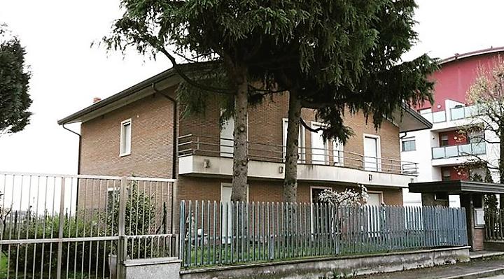 rif.t911 Villa indipendente